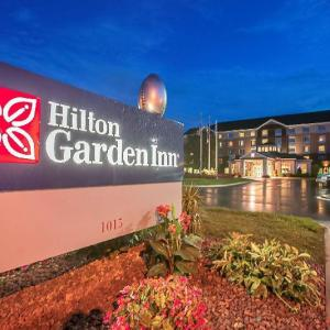 Hotels near Resch Center - Hilton Garden Inn Green Bay