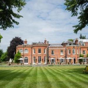Ascot Racecourse Hotels - Royal Berkshire