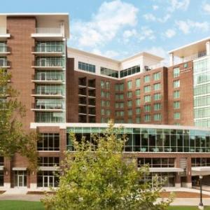 Comedy Zone Greenville Hotels - Embassy Suites by Hilton Greenville Downtown Riverplace