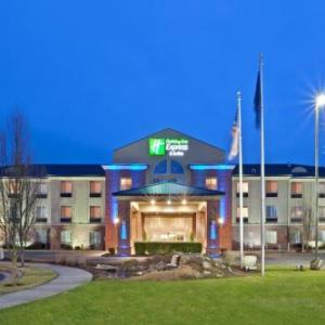 Holiday Inn Express Hotel And Suites Albany