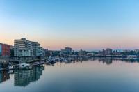 Victoria Regent Waterfront Hotel & Suites Image