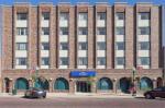 Elkhorn Wisconsin Hotels - Baymont By Wyndham Delavan Near Lake Geneva