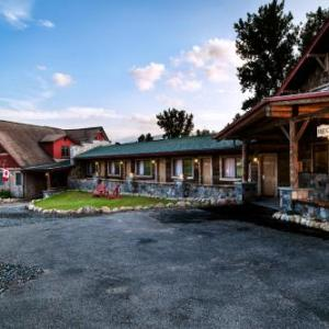 Whiteface Mountain Hotels - Adirondack Spruce Lodge