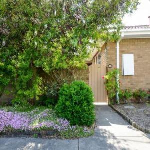 BOUTIQUE STAYS - Sandyside Sandringham Villa Units