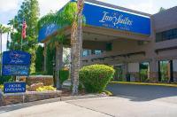 Hotel Tempe Phoenix Airport Innsuites Image