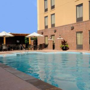 Centennial Park Nashville Hotels - Hampton Inn & Suites Nashville-Vanderbilt-Elliston Place