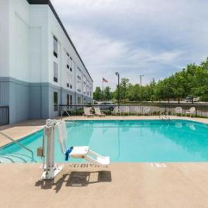 Hotels near Veterans Park Hendersonville - Travelodge Goodlettsville