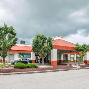 Quality Inn & Suites Kansas City I-435N Near Sports Complex