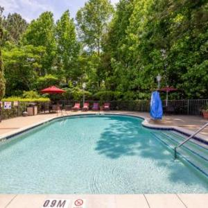 Hotels near WakeMed Soccer Park - Hampton Inn And Suites Raleigh/Cary I-40 (Rbc Center)
