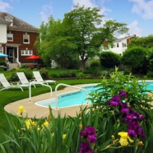 Olde Square Inn Bed and Breakfast