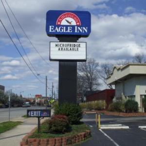 Hotels near The Drunk Horse Pub Fayetteville - American Eagle Inn Fayetteville