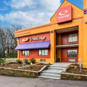 Hotels near Milestone Club Charlotte - Knights Inn Charlotte Airport