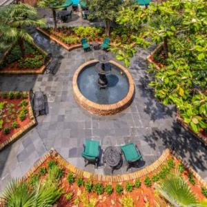 Mahalia Jackson Theater Hotels - Best Western Plus French Quarter Landmark Hotel