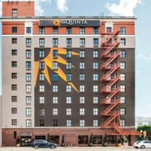 Hotels near The Loft Dallas - La Quinta Inn & Suites Dallas Downtown