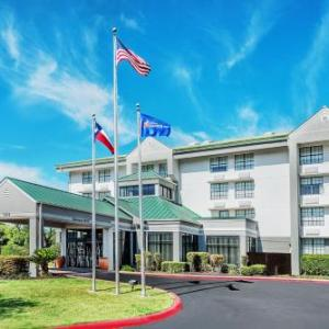 Hotels near Jerry Comalander Stadium - Hilton Garden Inn San Antonio Airport