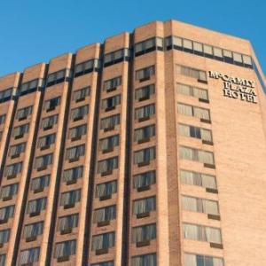 Kellogg Arena Hotels - Mccamly Plaza Hotel