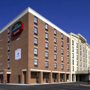 Hotels near Butler County Fairgrounds - Courtyard Hamilton