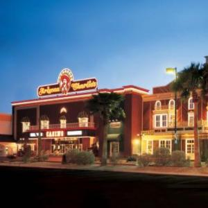 Hotels near Charleston Heights Arts Center - Arizona Charlies Decatur