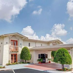 Nytex Sports Centre Hotels - Travelodge by Wyndham North Richland Hills/Dallas/Ft Worth