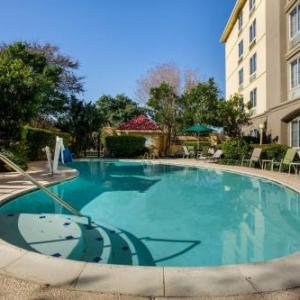 Hotels near Nutty Brown Cafe - La Quinta Inn & Suites Austin Southwest At Mopac