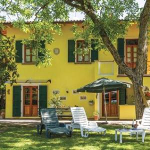 Book Now Holiday home Loc. Fabbrichina (Soci, Italy). Rooms Available for all budgets. Holiday home Loc. Fabbrichina is a holiday home located in Soci in the Tuscany Region and is 46 km from Florence. The unit is 32 km from Arezzo. Free private parking is availa