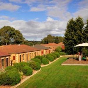 Hotels near Country Club Tasmania - Country Club Villas