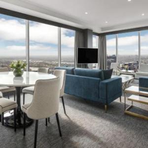 Meriton Suites World Tower
