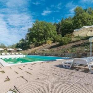 Book Now Frantoio 1 (Dicomano, Italy). Rooms Available for all budgets. Located 27 km from Florence Frantoio 1 offers accommodation in Dicomano. The unit is 35 km from Prato. Free private parking is available on site.The kitchenette comes with a f