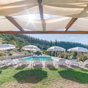 Book Now Frantoio 2 (Dicomano, Italy). Rooms Available for all budgets. Frantoio 2 is a holiday home located in Dicomano 27 km from Florence. The unit is 35 km from Prato. Free private parking is available on site.A fridge and a stovetop can be fo