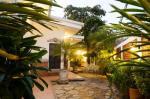 Managua Nicaragua Hotels - Hotel El Almendro