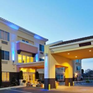 Holiday Inn Express Hotel And Suites Berkeley