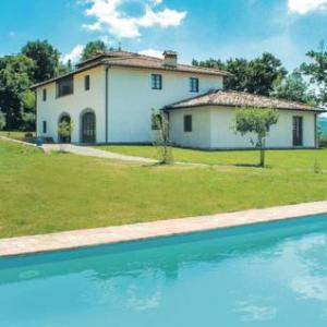 Book Now Lucignano (San Pancrazio, Italy). Rooms Available for all budgets. Lucignano is a holiday home with an outdoor pool set in San Pancrazio. The unit is 19 km from Florence.The unit fitted with a kitchenette with a dishwasher and fridge. A TV is