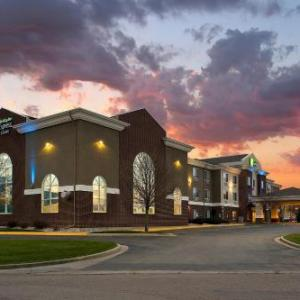Swiftel Center Hotels - Holiday Inn Express Hotel & Suites Brookings