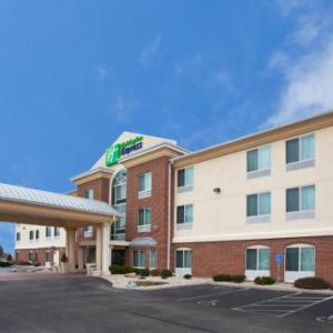 Holiday Inn Express Hotel & Suites Cincinnati-Blue Ash