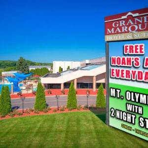 Hotels near Palace Theater in the Dells - Grand Marquis Waterpark Hotel & Suites