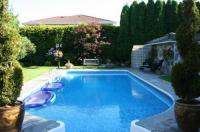 The Stone Hedge Bed And Breakfast Image