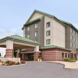 East Broad Top Railroad Hotels - Holiday Inn Express Breezewood