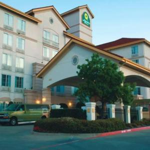 La Quinta Inn & Suites By Wyndham Dfw Airport South/Irving