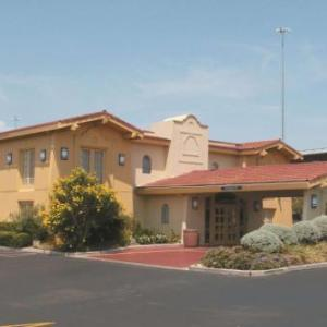 Highland Mall Hotels - La Quinta Inn by Wyndham Austin University Area