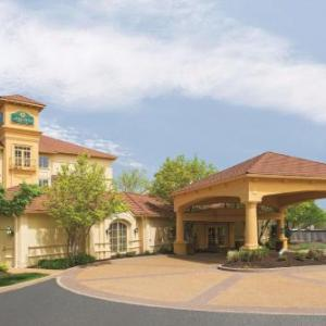 La Quinta Inn & Suites By Wyndham Westport