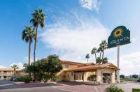 La Quinta Inn Phoenix Thomas Road Image