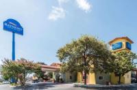 Baymont Inn & Suites San Antonio/Wurzbach Image