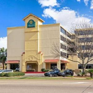 Pontchartrain Center Hotels - La Quinta Inn And Suites New Orleans Airport