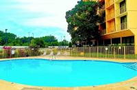 La Quinta Inn And Suites Nashville Airport/Opryland Image