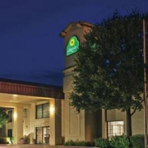 Hotels near Strahan Coliseum - La Quinta Inn San Marcos