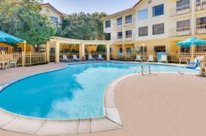 La Quinta By Wyndham Dallas - Addison Galleria
