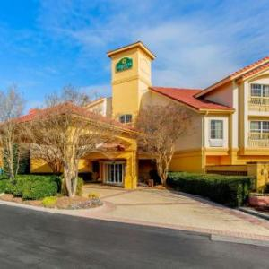 La Quinta Inn And Suites Raleigh Durham International Airport