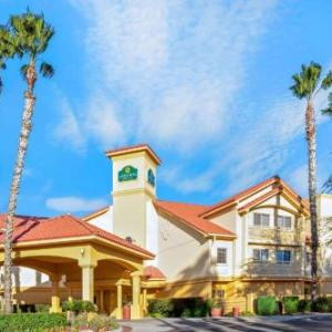 Hotels near Pima County Fairgrounds - La Quinta Inn & Suites Tucson Airport