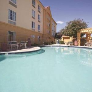 Massari Arena Hotels - La Quinta Inn & Suites Pueblo