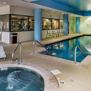 Hotels near Gundaker Theater - St. Louis Marriott West